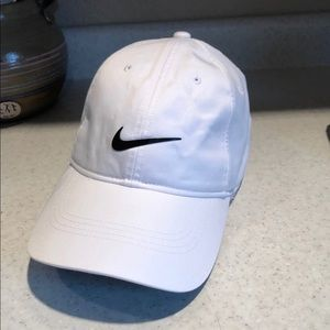 Nike Drifit Adjustable Hat
